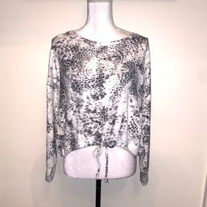 Express Tie Front Black And White Pullover Size S